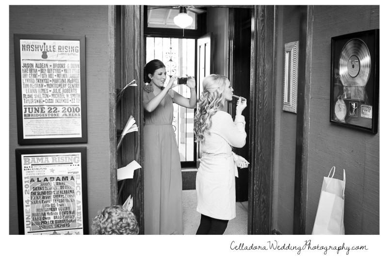 bride-doing-makeup-nashville-studio-800x534 Laura and Kevin Nashville Wedding at Scarritt Bennett