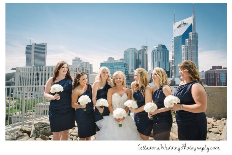 bride-and-bridesmaids-nashville-skyline-800x534 Nashville Wedding Photography | WO Smith Music School