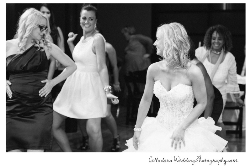 bride-dancing-with-friends-800x534 Nashville Wedding Photography | WO Smith Music School