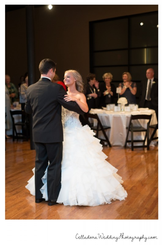 Wedding First Dance 533x800 Nashville Photography Wo Smith Music School