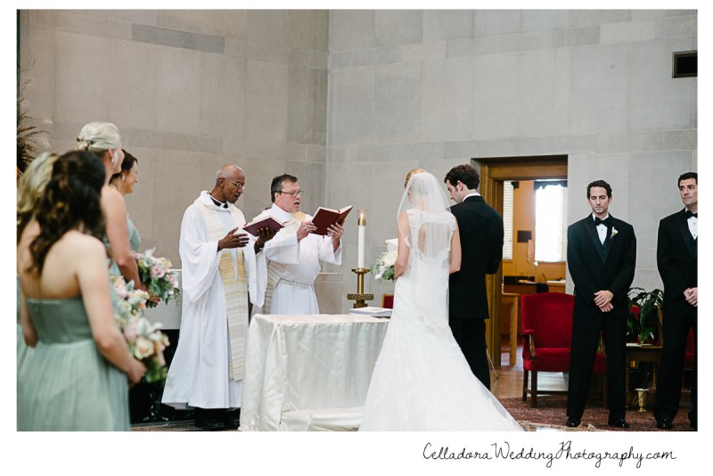 nashville-wedding-photographer-800x534 John + Lindsay Downtown Nashville Wedding