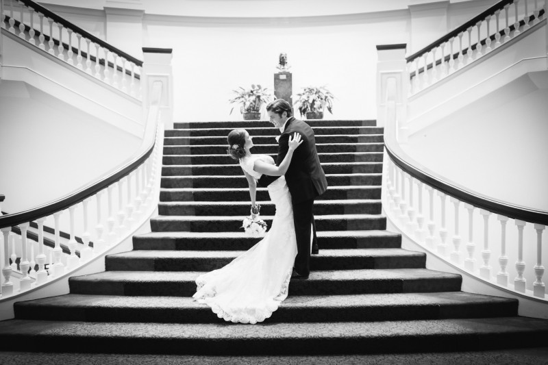 bride-and-groom-on-staircase-800x533 Blair + Hunter Brentwood, TN Wedding