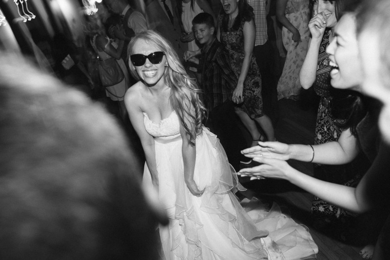 bride-with-sunglasses-800x533 One Cannery Ballroom Nashville 4th of July Wedding | Brian and Jenna