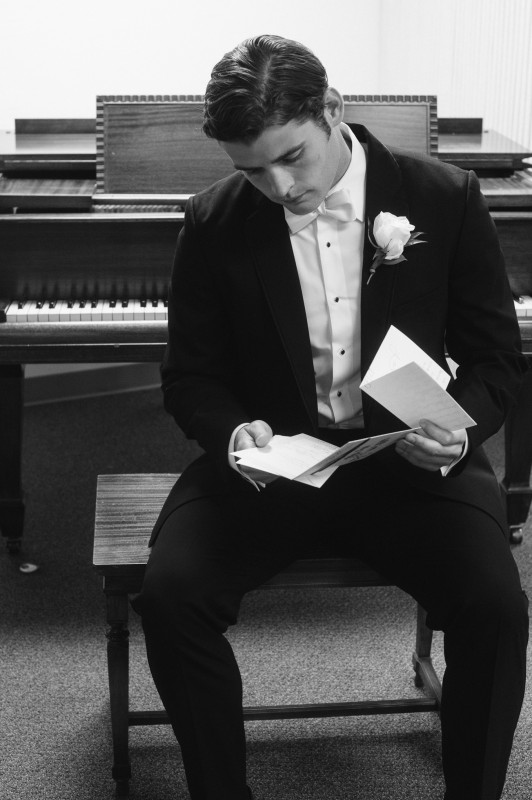groom-reading-letter-from-bride-532x800 Blair + Hunter Brentwood, TN Wedding