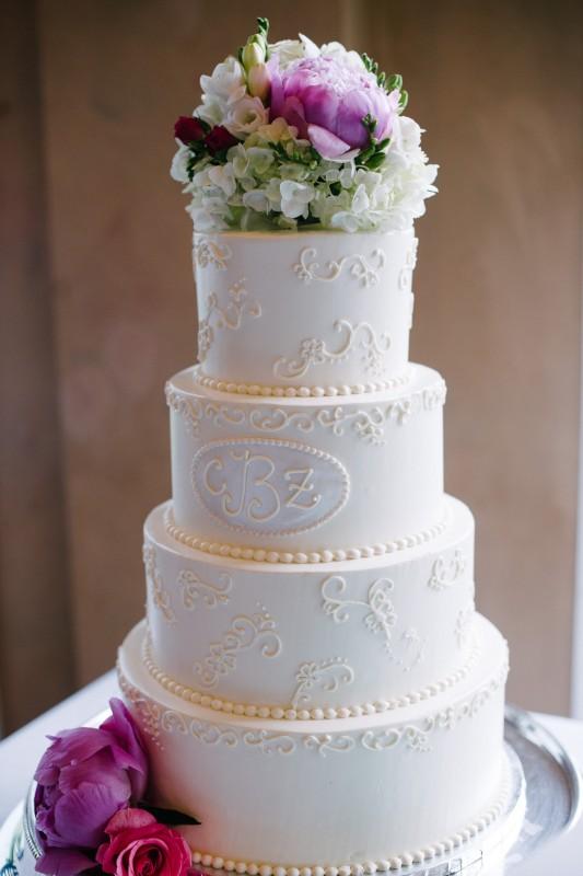 hermitage-tn-wedding-cake-533x800 Catherine and Zach Hermitage, TN Outdoor Wedding