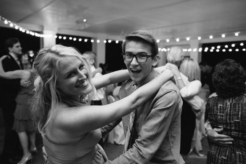 bridesmaid-dancing1-800x533 Opryland Hotel Wedding in Nashville, TN - Dawn + Keith