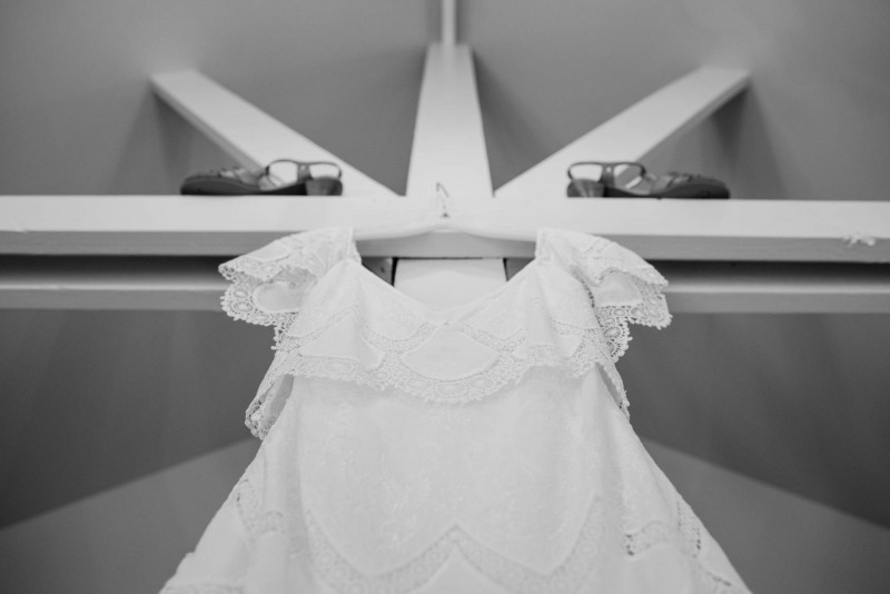 wedding-dress-photography-symmetry-800x534 Photographing the Wedding Dress | Top Pins on Pinterest