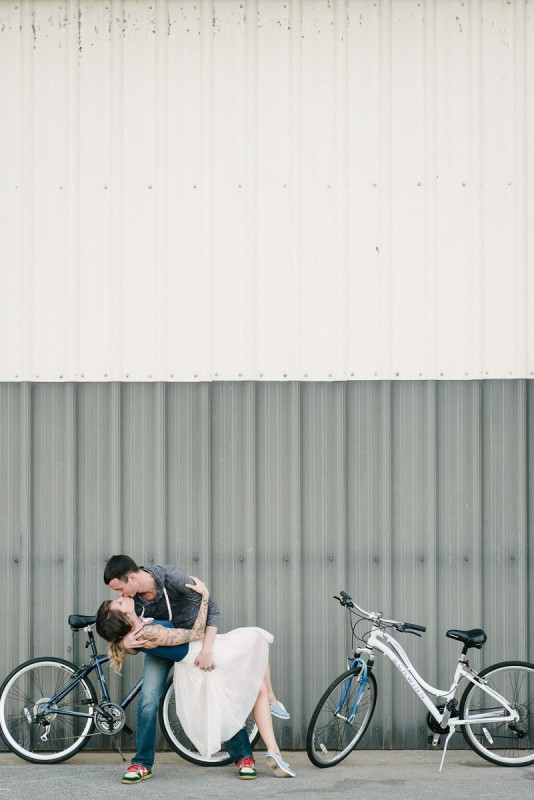 engagement-session-bicycles-534x800 Engagement Photo Ideas