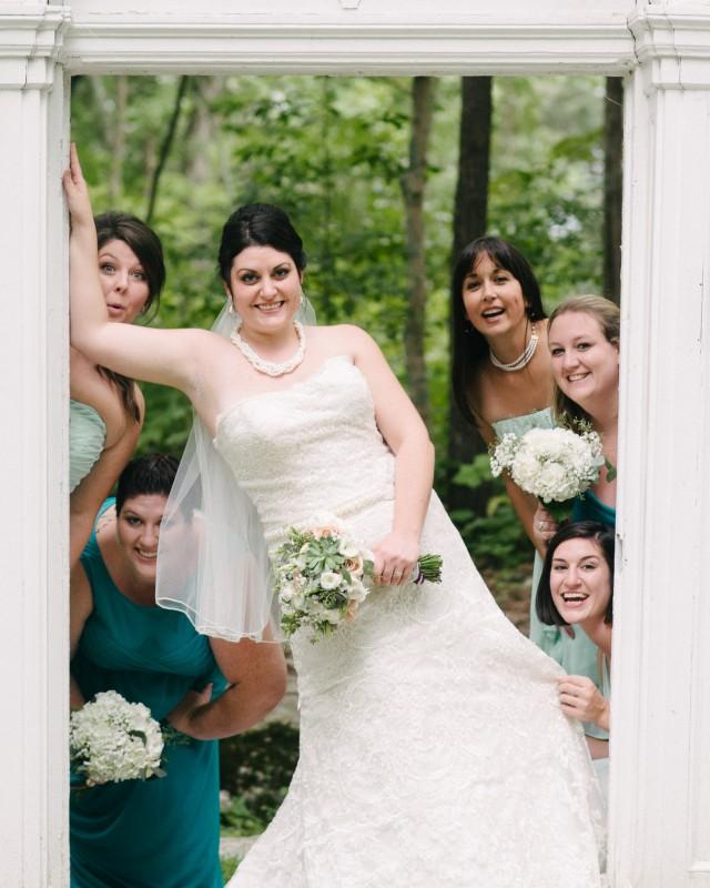 bride-with-bridesmaids-640x800 Outdoor Barn Wedding | Murfreesoro, TN | Paul and Amanda