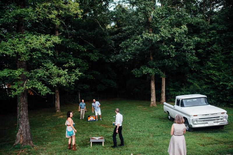 outdoor-wedding-games-cornhole-800x534 Outdoor Barn Wedding | Murfreesoro, TN | Paul and Amanda