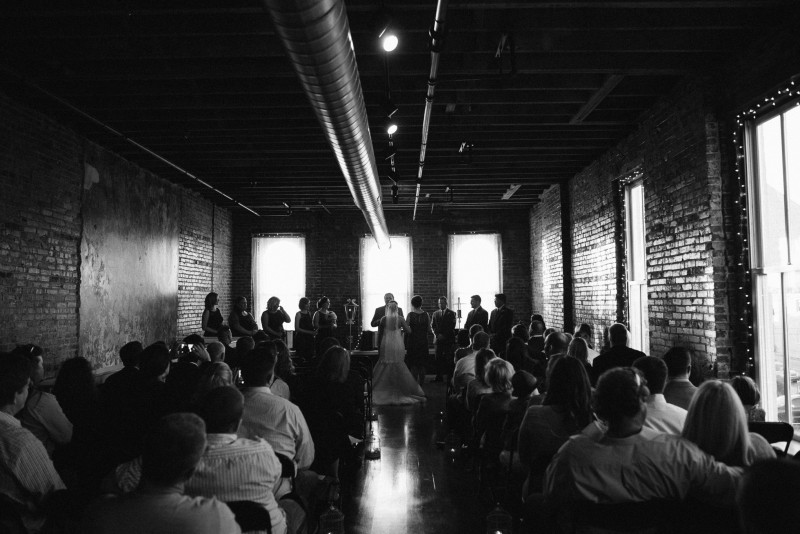 balinese-memphis-wedding-800x534 Elisa + Jerrad Wedding | Balinese Ballroom | Memphis, TN