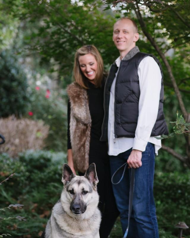 dog-in-engagement-photo-pose-640x800 Nicole + Kevin   Nashville, TN Engagement Session