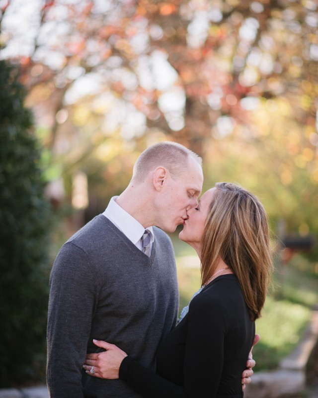 fall-engagement-kiss-640x800 Nicole + Kevin   Nashville, TN Engagement Session