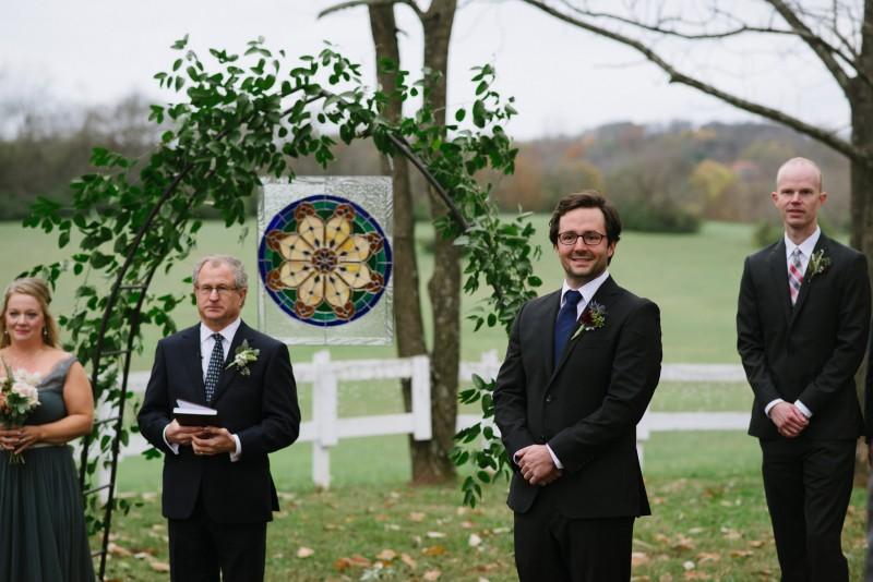 groom-reaction-800x534 Laurie + Craig - Antrim Wedding | Columbia, TN