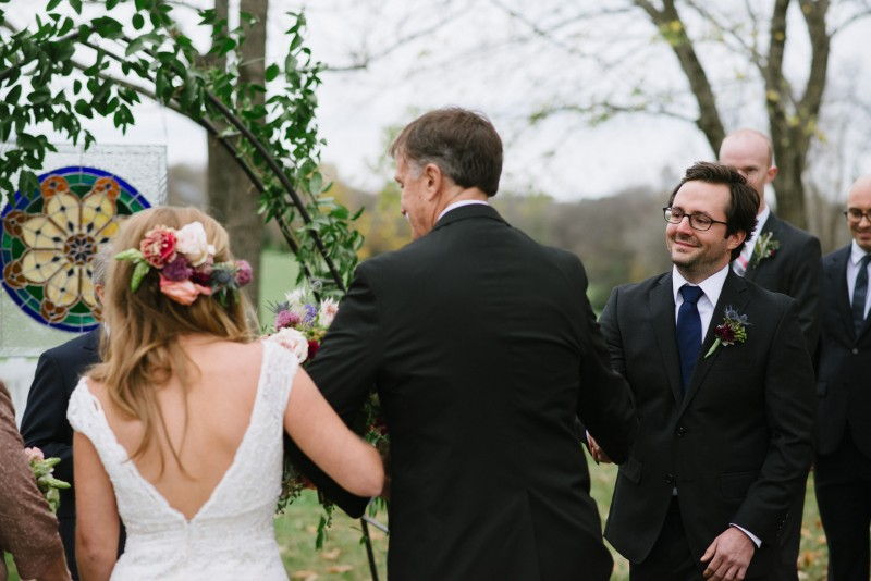 groom-seeing-bride1-800x534 Laurie + Craig - Antrim Wedding | Columbia, TN