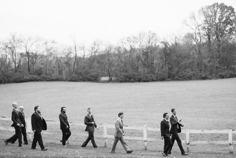 groom-with-groomsmen-walking-800x534 Laurie + Craig - Antrim Wedding | Columbia, TN