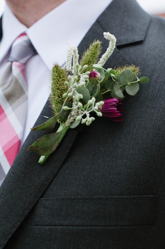 groomsmen-boutineer-530x800 Laurie + Craig - Antrim Wedding | Columbia, TN