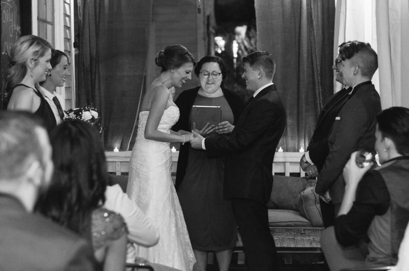 intimate-lesbian-nashvill-wedding-800x530 Intimate East Nashville Wedding | Nichole and Petey
