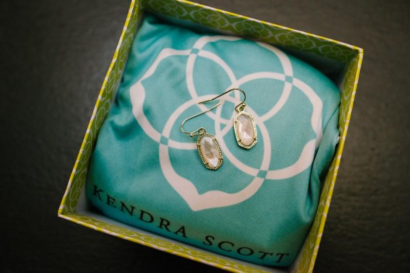 kendra-scott-earrings-800x534 Kristen and Nick Wedding at aVenue | Nashville, TN