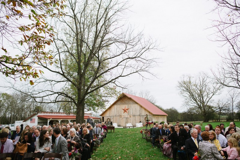 outdoor-tn-fall-wedding-800x534 Laurie + Craig - Antrim Wedding | Columbia, TN