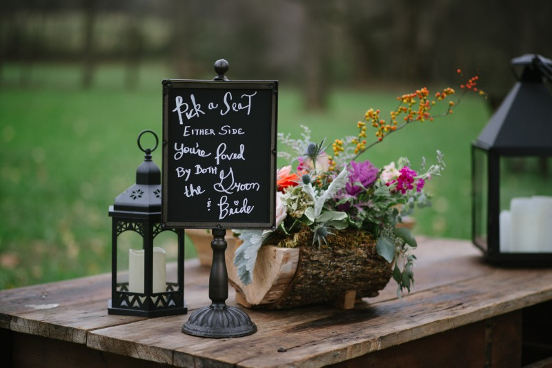 pick-a-seat-either-side-chalkboard-800x534 Laurie + Craig - Antrim Wedding | Columbia, TN
