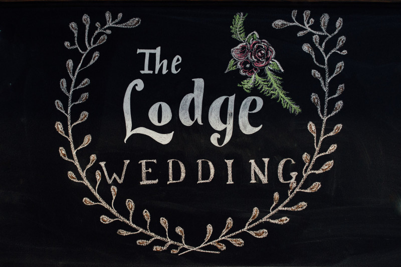 the-lodge-wedding-chalk-800x534 Rachel + Kyle | Nelson Andrews Lodge | Nashville, TN