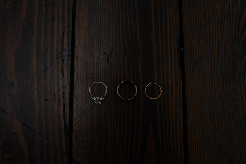 wedding-bands-on-wood-800x534 Rachel + Kyle | Nelson Andrews Lodge | Nashville, TN