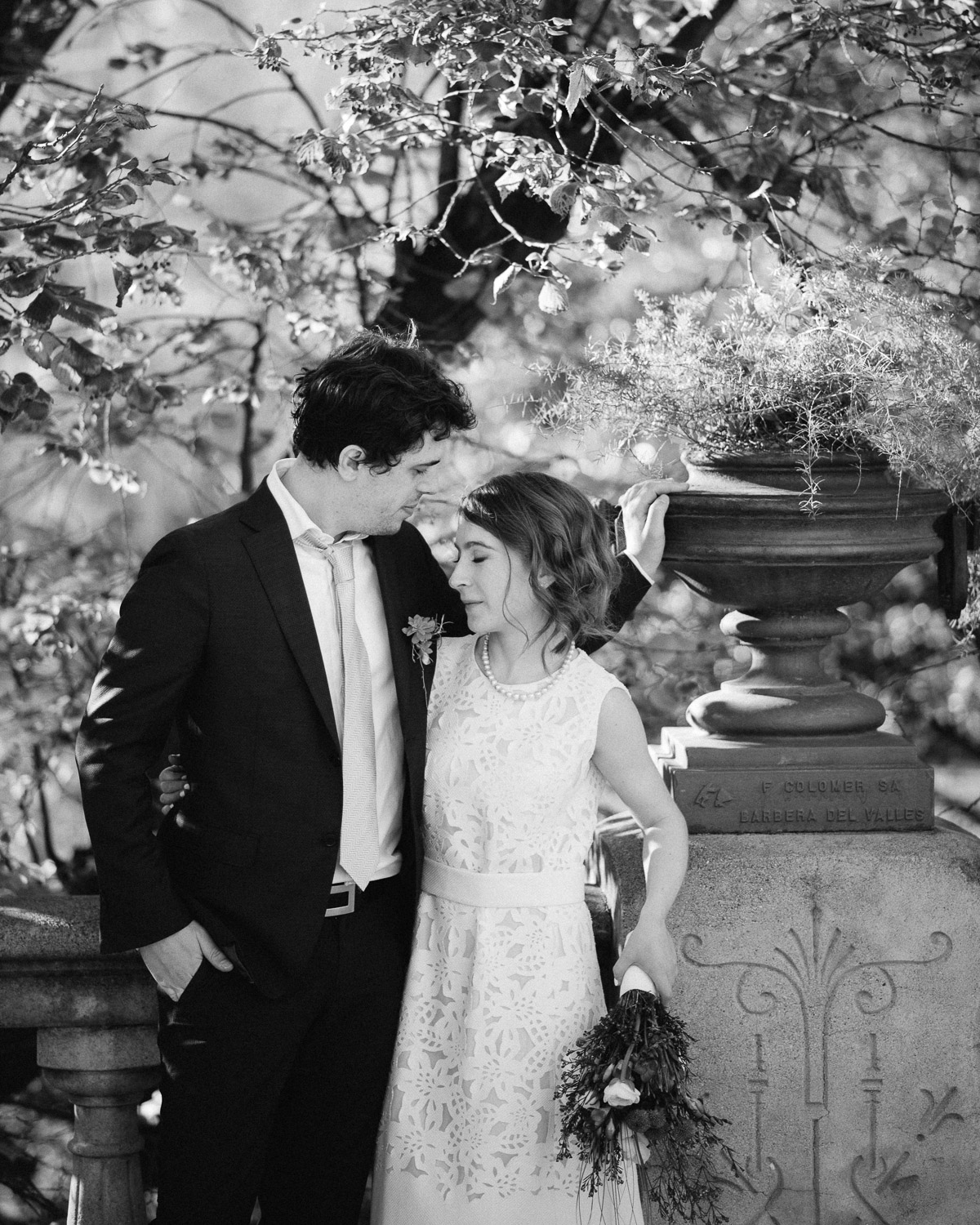 BARCELONA-BLACK-AND-WHITE-PORTRAITS Robert + Alyssa | Barcelona Elopement Photographer
